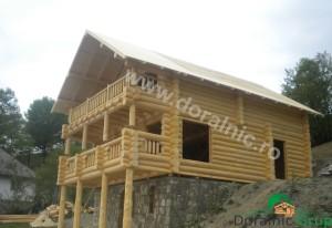 cabana din lemn rotund stelian 6